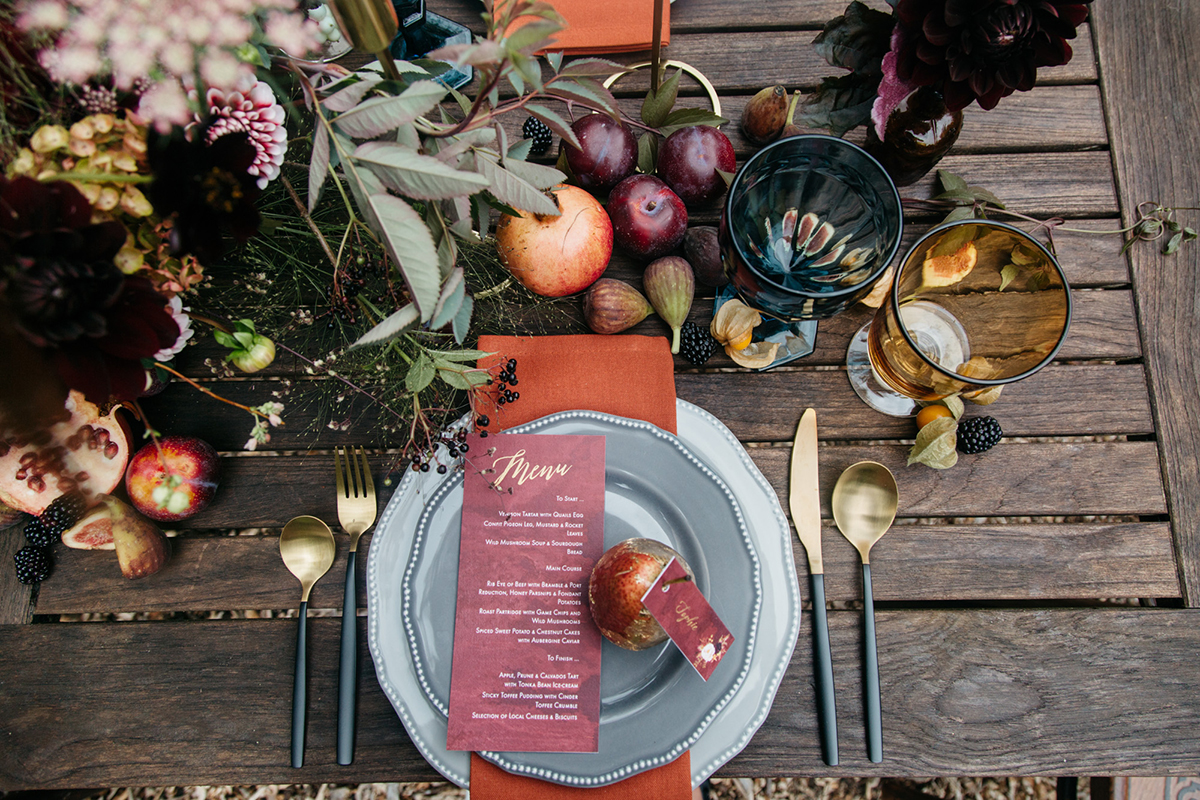 autumn wedding inspiration tablescape styling