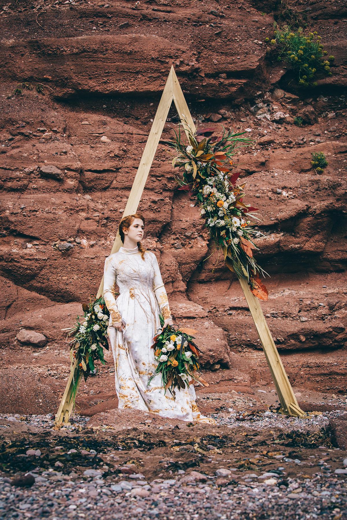 wooden frame ceremony backdrop