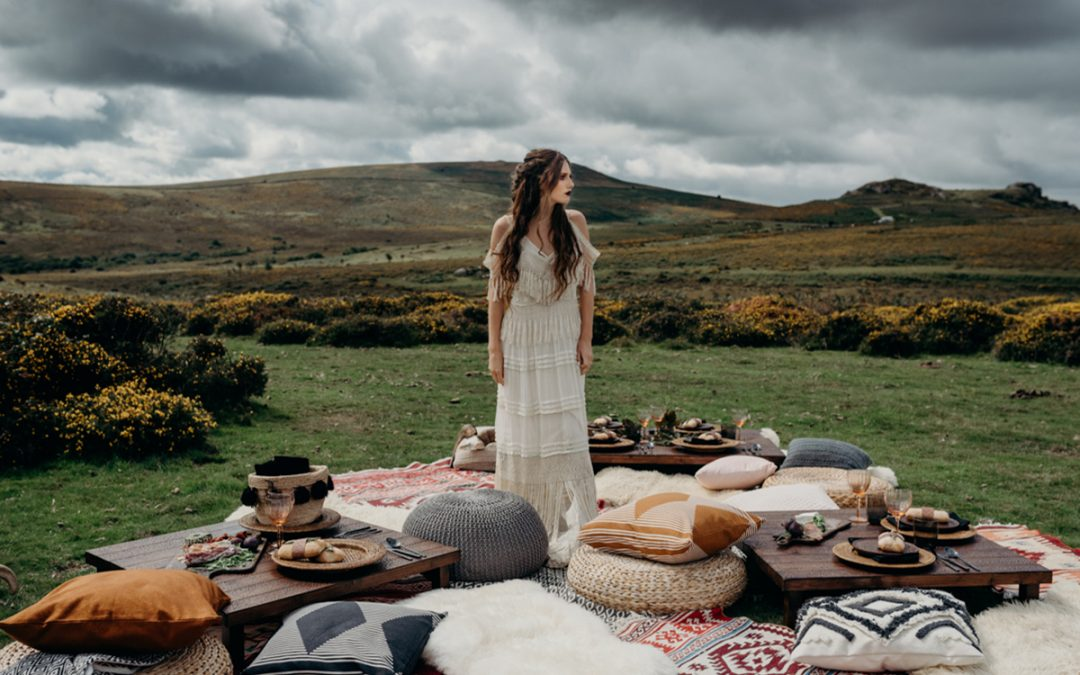 How to Style a Luxury Festival Wedding