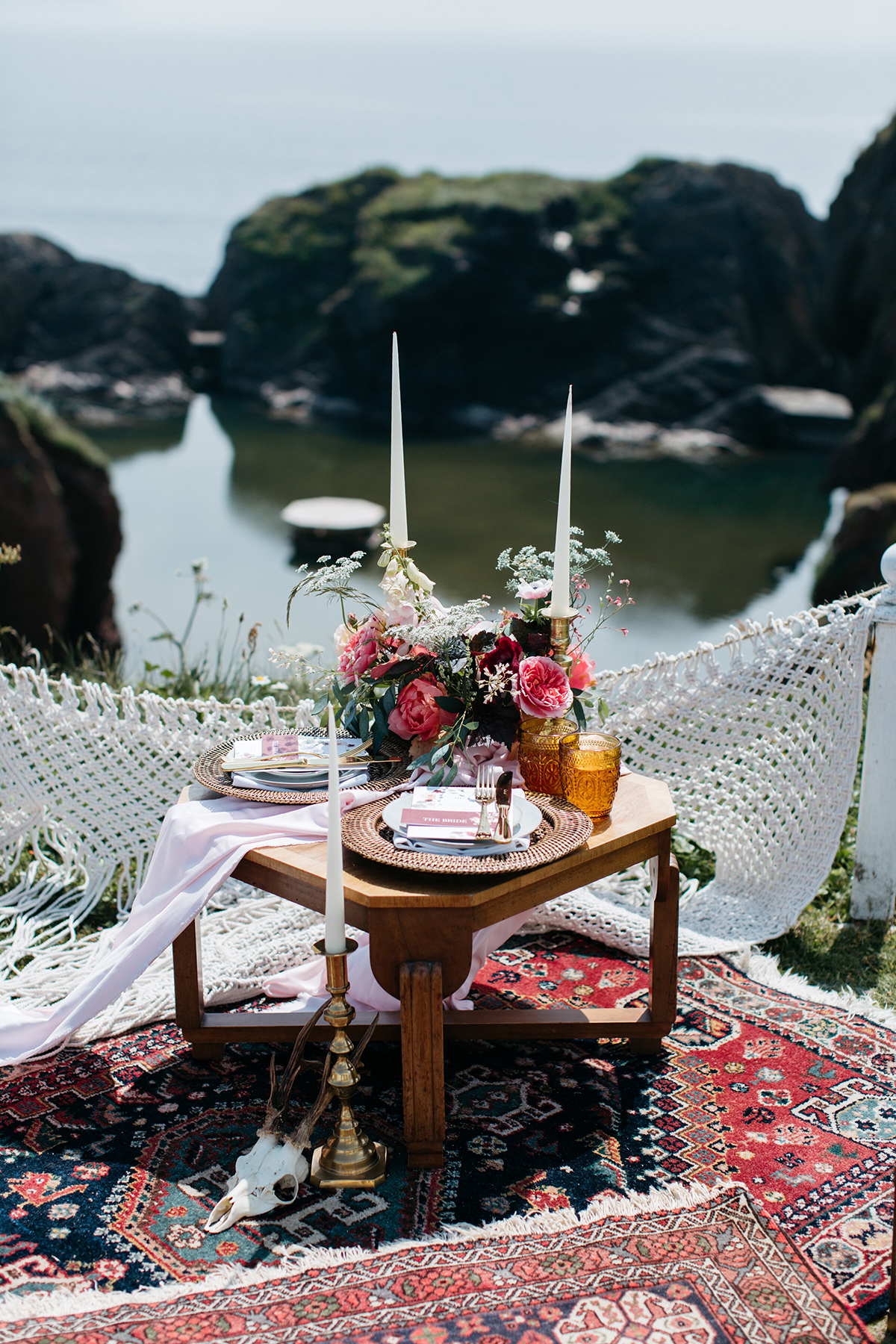 modern elopement wedding inspiration sweetheart table