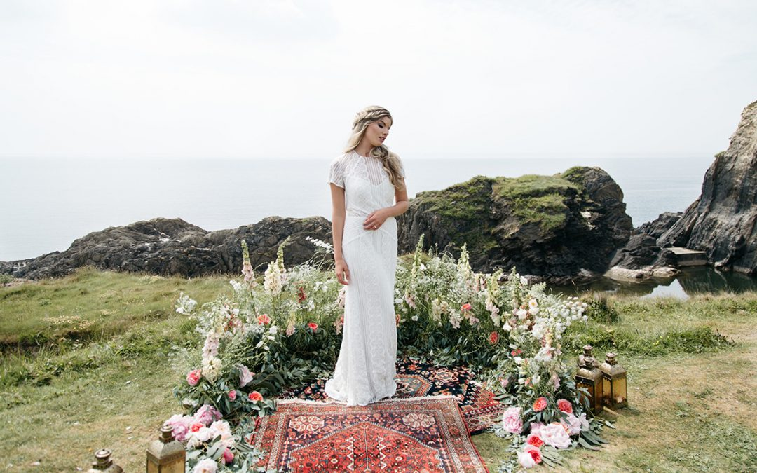 Inspiration for Your Intimate, Modern Elopement